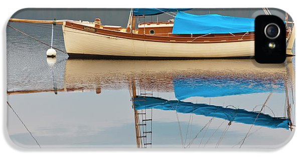 IPhone 5 Case featuring the photograph Smooth Sailing by Werner Padarin