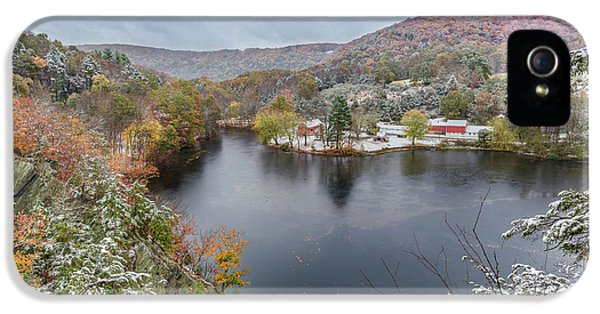 IPhone 5 Case featuring the photograph Snowliage by Bill Wakeley