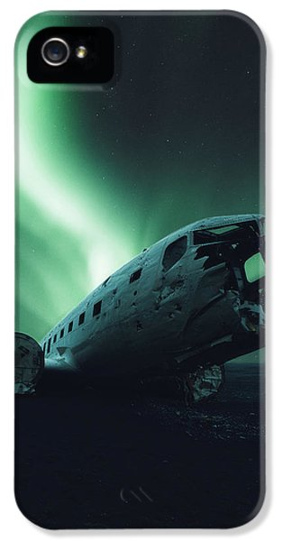 Solheimsandur Crash Site IPhone 5 Case by Tor-Ivar Naess