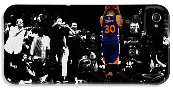 Stephen Curry 4f IPhone 5 Case by Brian Reaves