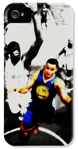 Stephen Curry Going Left Hand IPhone 5 Case by Brian Reaves