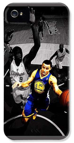 Stephen Curry In Traffic IPhone 5 Case by Brian Reaves