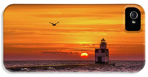 IPhone 5 Case featuring the photograph Sunrise Solo by Bill Pevlor