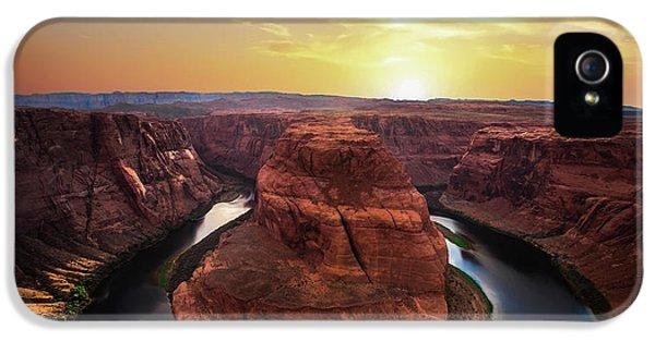 Sunset At Horseshoe Bend IPhone 5 Case by Larry Marshall