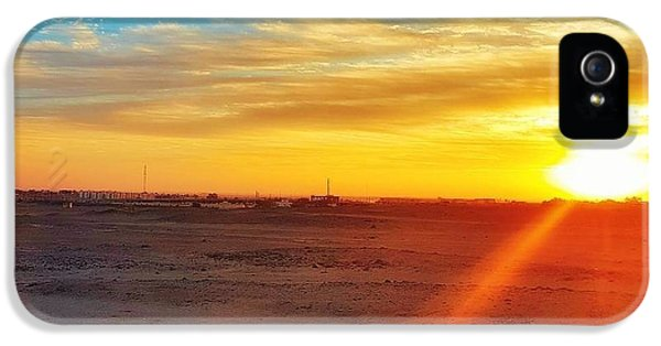 Landscapes iPhone 5 Case - Sunset In Egypt by Usman Idrees