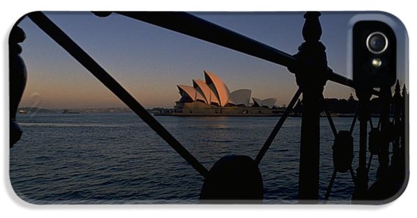 Sydney Opera House IPhone 5 Case by Travel Pics