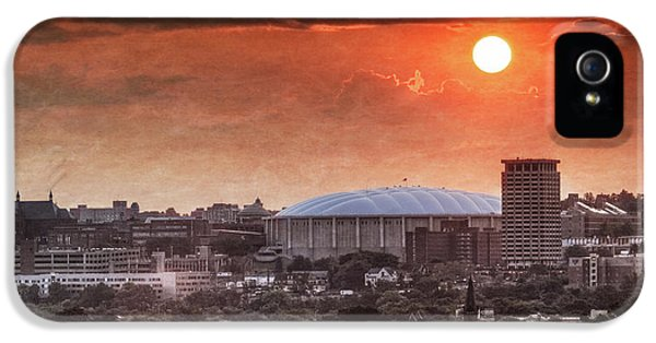 Syracuse Sunrise Over The Dome IPhone 5 Case by Everet Regal