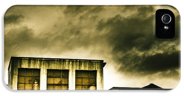 Tension Building IPhone 5 Case by Jorgo Photography - Wall Art Gallery