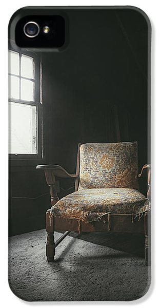 The Armchair In The Attic IPhone 5 Case by Scott Norris