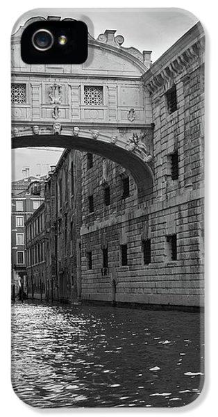 The Bridge Of Sighs, Venice, Italy IPhone 5 Case by Richard Goodrich