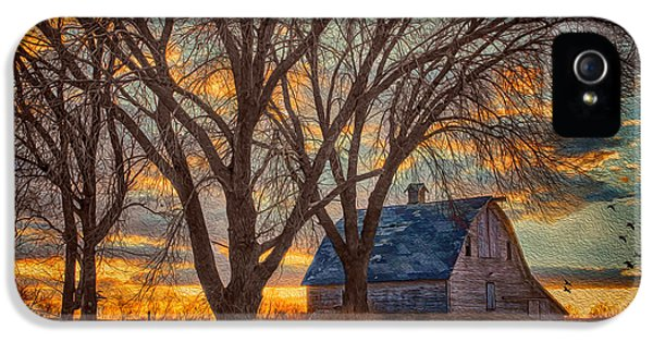 Nebraska iPhone 5 Case - The Day's Last Kiss by Nikolyn McDonald