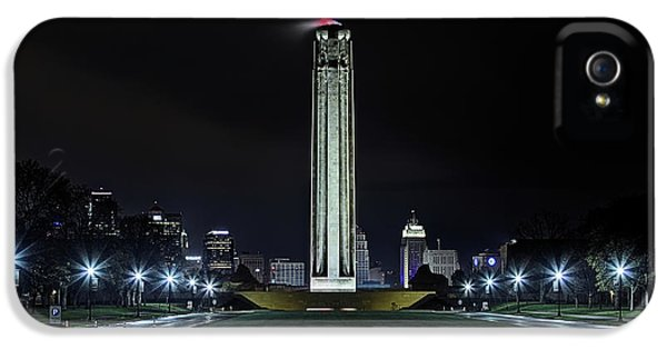 IPhone 5 Case featuring the photograph The Kansas City Liberty Memorial by JC Findley