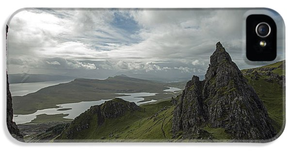 The Old Man Of Storr IPhone 5 Case by Dubi Roman