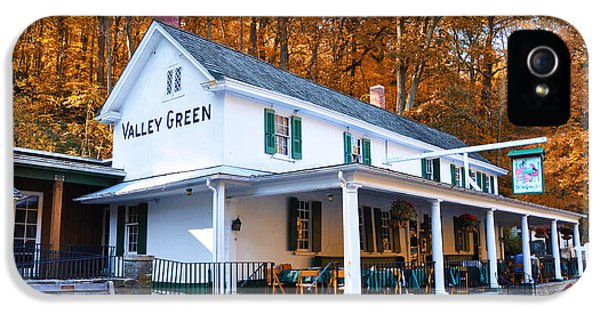 Philadelphia iPhone 5 Case - The Valley Green Inn In Autumn by Bill Cannon