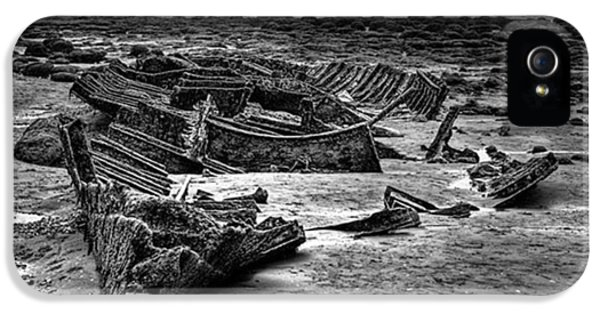 The Wreck Of The Steam Trawler IPhone 5 Case by John Edwards