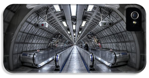 Through The Tunnel IPhone 5 Case by Evelina Kremsdorf