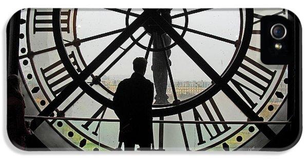 Paris iPhone 5 Case - Time At The Musee D'orsay by Felipe Adan Lerma