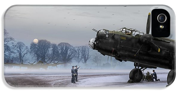 IPhone 5 Case featuring the photograph Time To Go - Lancasters On Dispersal by Gary Eason