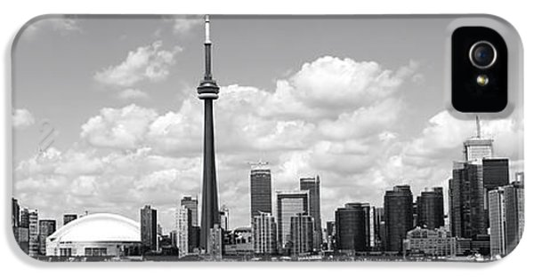 Toronto Skyline 11 IPhone 5 / 5s Case by Andrew Fare