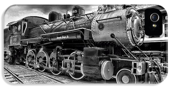 Train iPhone 5 Case - Train - Steam Engine Locomotive 385 In Black And White by Paul Ward
