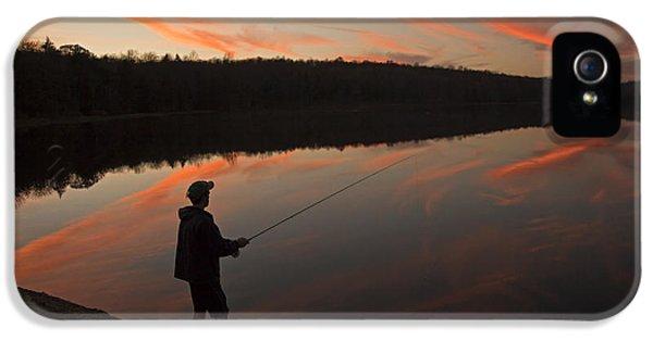 Twilight Fishing Delight IPhone 5 Case by John Stephens