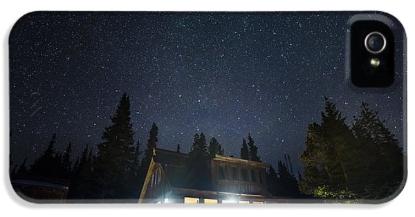 Uncle Buds Hut Under The Stars IPhone 5 Case by Jason Hatfield