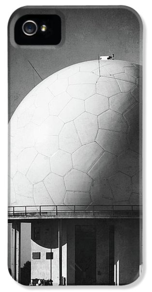 Under The Dome IPhone 5 Case by Wim Lanclus