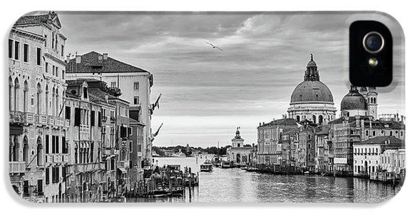 Venice Morning IPhone 5 Case by Richard Goodrich
