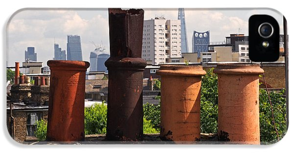 Victorian London Chimney Pots IPhone 5 / 5s Case by Rona Black