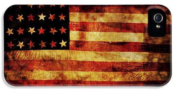 Vintage American Flag IPhone 5 Case by Jon Neidert