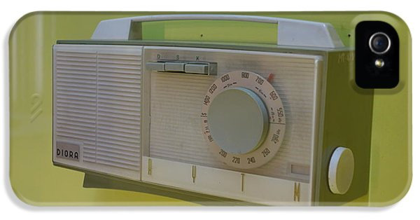 Vintage Radio With Lime Green Background IPhone 5 Case