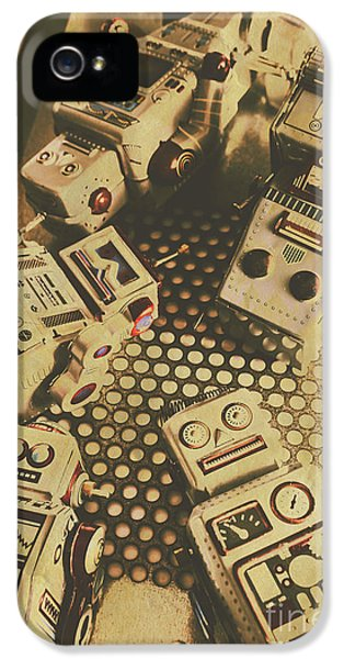 Vintage Robot Charging Zone IPhone 5 Case