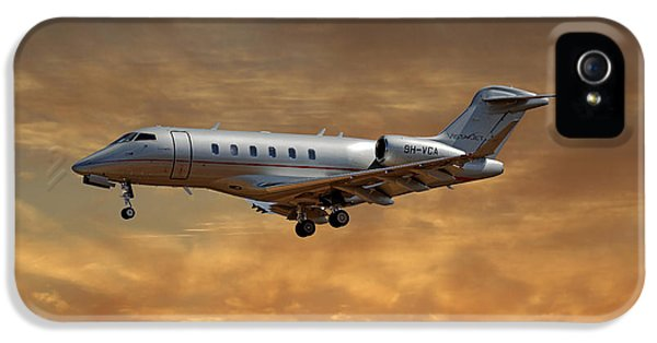 Jet iPhone 5 Case - Vista Jet Bombardier Challenger 300 2 by Smart Aviation