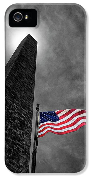 Washington Monument iPhone 5 Case - Washington Monument And The Stars And Stripes by Andrew Soundarajan