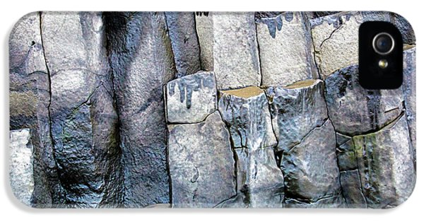 IPhone 5 Case featuring the photograph Wet Rocks 2 by Hitendra SINKAR