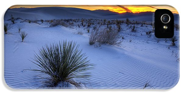 Desert iPhone 5 Case - White Sands Sunset by Peter Tellone