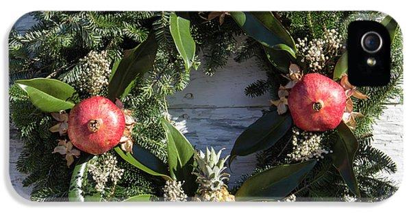 Williamsburg Wreath 70 IPhone 5 Case by Teresa Mucha