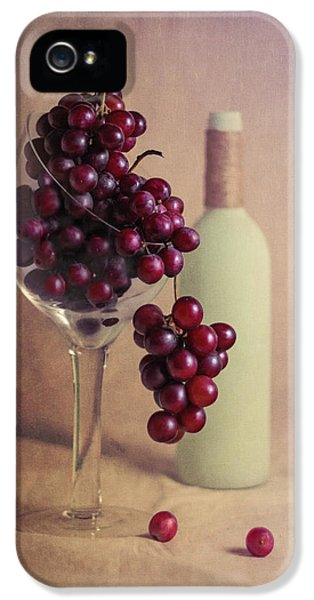 Wine On The Vine IPhone 5 Case by Tom Mc Nemar