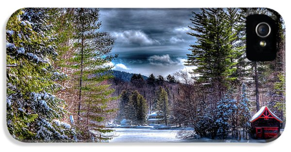IPhone 5 Case featuring the photograph Winter At The Boathouse by David Patterson