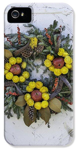 Wreath At Colonial Nursery In Williamsburg IPhone 5 Case by Teresa Mucha