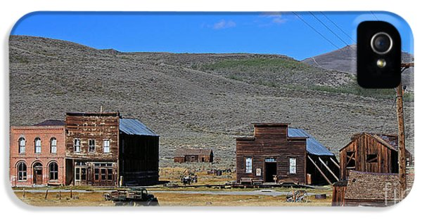 Town iPhone 5 Case - Bodie, Ca by Edd Lange