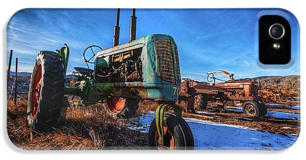 Oliver Tractor iPhone 5 Case - Oliver And Company by Christopher Thomas