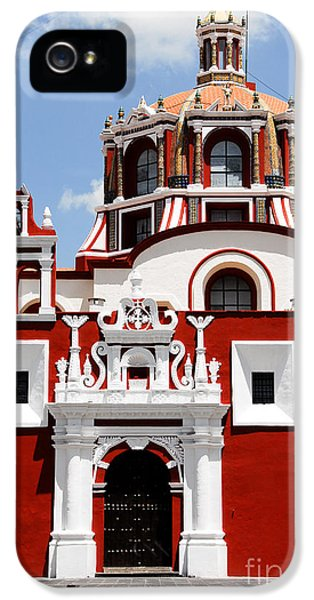 Town iPhone 5 Case - Santo Domingo Church, Puebla Mexico by Alberto Loyo