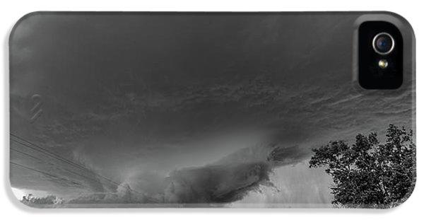 Nebraskasc iPhone 5 Case - Storm Chasin In Nader Alley 007 by NebraskaSC
