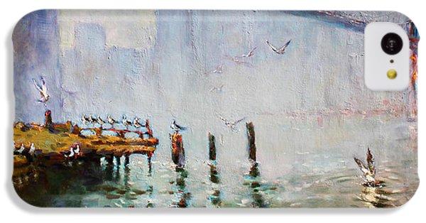 Seagull iPhone 5c Case - Brooklyn Bridge In A Foggy Morning   by Ylli Haruni