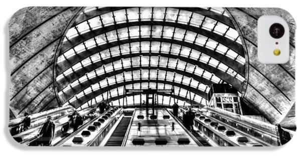 Canary Wharf Station IPhone 5c Case by David Pyatt