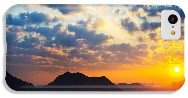 Beautiful Sunrise iPhone 5c Case - Sea Of Clouds On Sunrise With Ray Lighting by Setsiri Silapasuwanchai