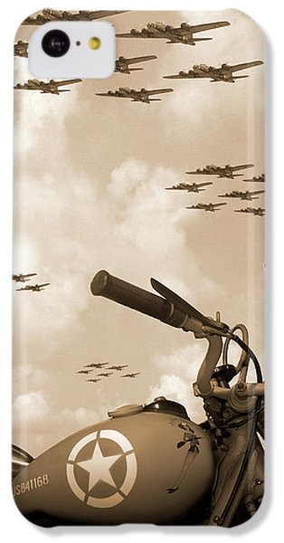 1942 Indian 841 - B-17 Flying Fortress' IPhone 5c Case by Mike McGlothlen