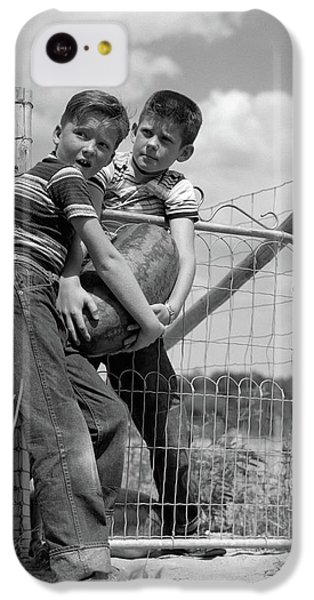 1950s Two Farm Boys In Striped T-shirts IPhone 5c Case