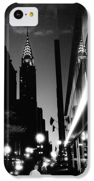 IPhone 5c Case featuring the photograph 42nd-street-dawn by Dave Beckerman
